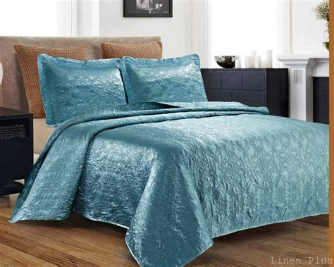 Coverlet Size by 3 Silky Satin Light Turquoise Quilted Bedspread