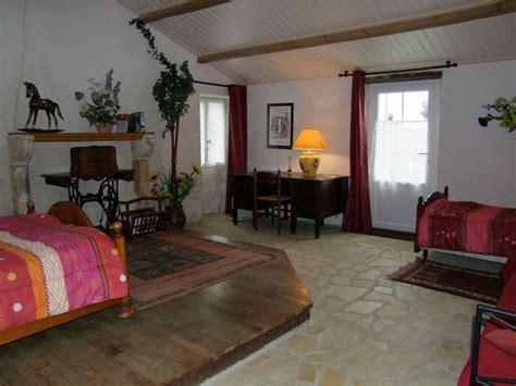 chambre d hote jard sur mer gîte et chambres d 39 hôtes de bourg paillé gîte rural