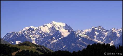 ou se trouve le mont blanc 28 images les plus hauts sommets du monde jesuiscultive mont