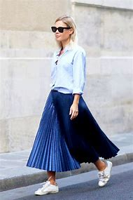 Outfits with Pleated Skirts
