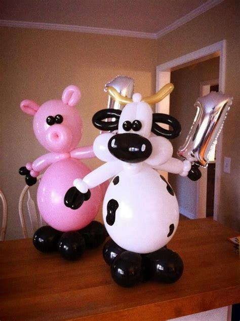Cowhide Balloons - pig and cow out of balloons decoraci 243 n globos