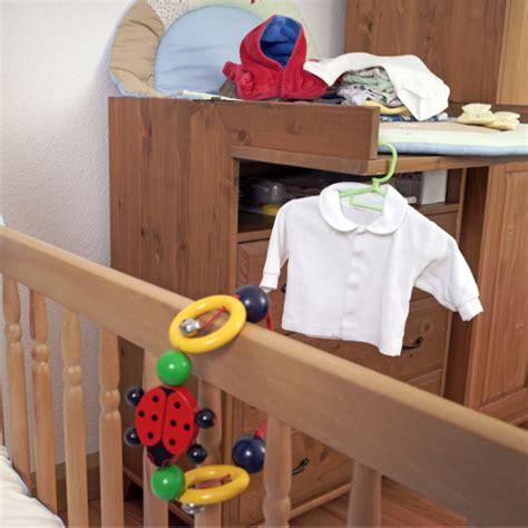 Kinderzimmer Liebevoll Gestaltet by Kinderzimmer Gestalten 2 0 So Sicher Wohnen Die Kleinen