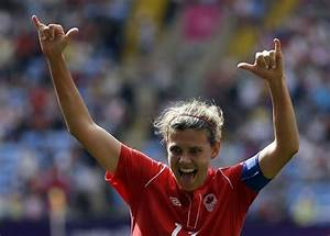 Christine Sinclair, Canadian soccer captain, nominated for ...