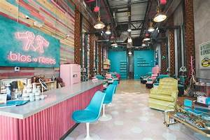 Blos Roses Combines Blowouts And Nail Services