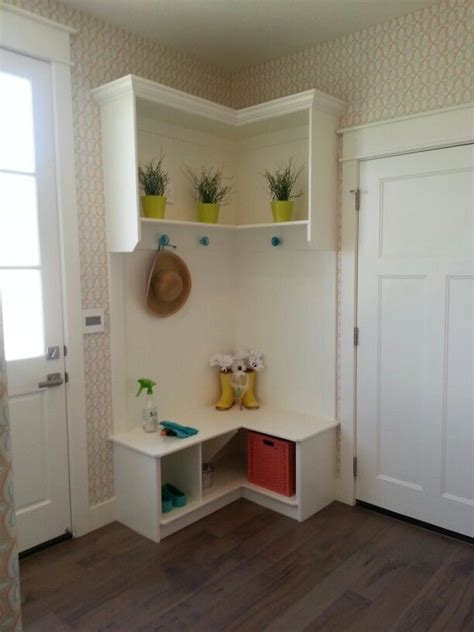 L Shaped Kitchen Ideas - 60 mudroom and hallway storage ideas to apply keribrownhomes