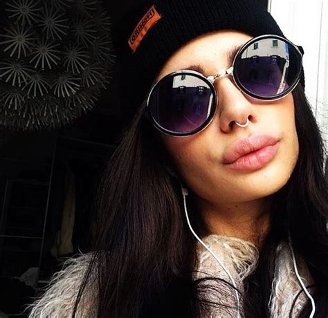 axa si鑒e social briga e ludovica chiodo primo bacio social su instagram foto ladyblitz