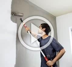 Wände Weiß Streichen : streichen mit hornbach ~ Frokenaadalensverden.com Haus und Dekorationen