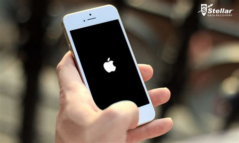 iphone 4 stuck on apple logo how to fix an iphone stuck on the apple logo stellar