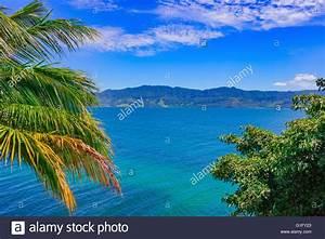 Schöne Bilder Kaufen : sch ne tropische landschaft lake toba sumatra indonesien s dostasien weltweit gr ten ~ Pilothousefishingboats.com Haus und Dekorationen