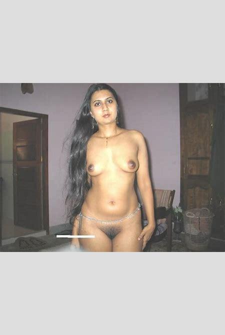 Muslim Pakistani Aunty Big Boobs