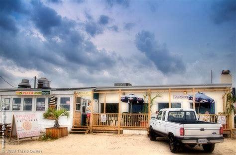 sandbridge island restaurant    beachfront