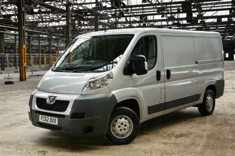 peugeot boxer cer peugeot boxer 2006 2014 used car review car review rac drive