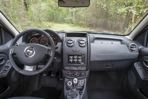 Dacia Duster Interni 2014 Dacia Duster 2014 Aumentano Le Dotazioni Ma Non I Prezzi