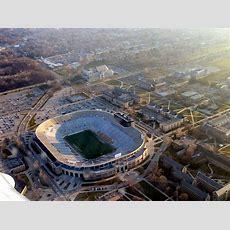 Notre Dame Stadium — Wikipédia
