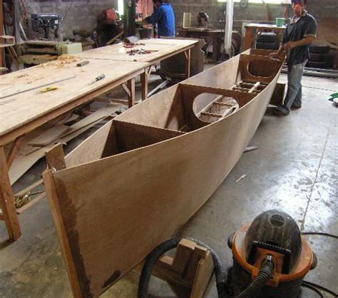 building the w17 trimaran