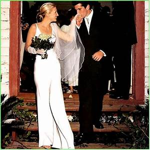 just say quoti don39tquot to the 80s metafilter With carolyn bessette wedding dress