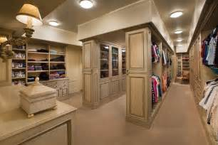 55 fabulous unisex walk in closet designs