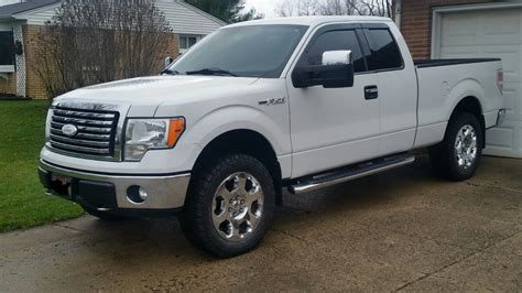 05 Ford F150 by Leveled F150 With Stock Tires Ford F150 Forum
