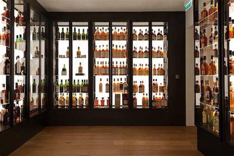 la maison du whisky vent de renouveau pour cette boutique historique