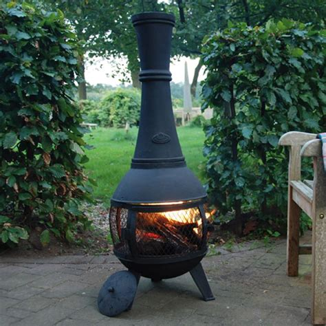 cheminee d exterieur chemin 233 e d ext 233 rieur en fonte avec foyer grillag 233 decoclico