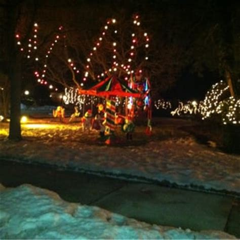 lincolnwood towers christmas lights local flavor