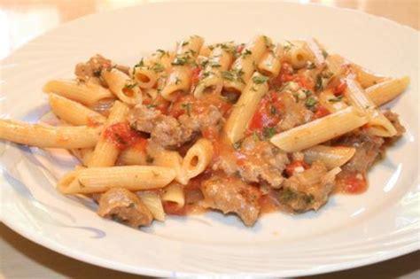 recette pate avec saucisse italienne penne dans une sauce cr 232 meuse avec saucisses italiennes de mari12 recettes