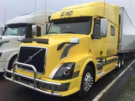 2012 volvo big rig volvo vnl730 2012 sleeper semi trucks
