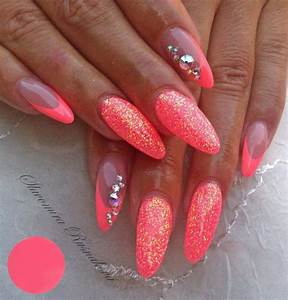 1000+ images about Nagels on Pinterest | Neon pink nails ...