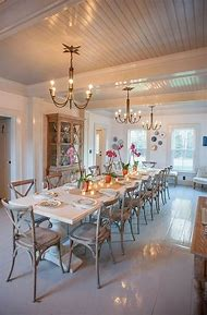 Farmhouse-Style Dining Room