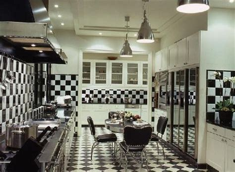 black and white kitchen floors cozinha piso xadrez decora 199 195 o fotos 7855