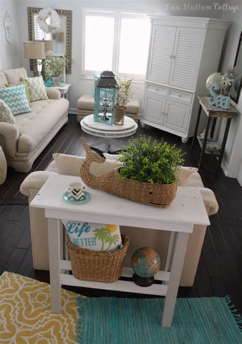 diy livingroom more summer decor and a diy paint makeover