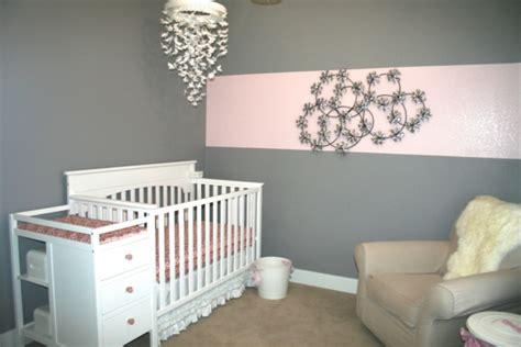peindre une chambre en blanc peindre une chambre en gris et blanc dcoration peinture