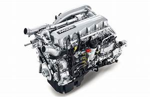 A Semi Truck Diesel Engine That Makes 500 Hp And 1 850 Lb