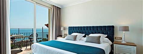 chambre plage chambre avec terrasse et vue sur la plage hotel aigua blava