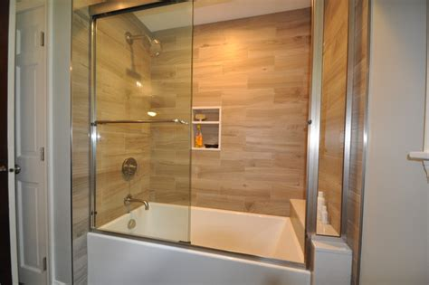 Tiled Bathtubs  Tile Design Ideas. Rectangle Dining Table. Industrial Chic Coffee Table. Reclaimed Wood Nj. Design Your Bedroom. Grey Pendant Light. House With Big Garage. Log Home Kitchens. Grey Leather Sofa