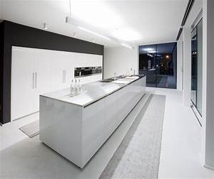 modern black kitchens modern black kitchens o pcokco With kitchen colors with white cabinets with white circle stickers