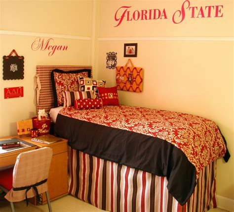 decor 2 ur door april 2010 dorm room bedding and decor