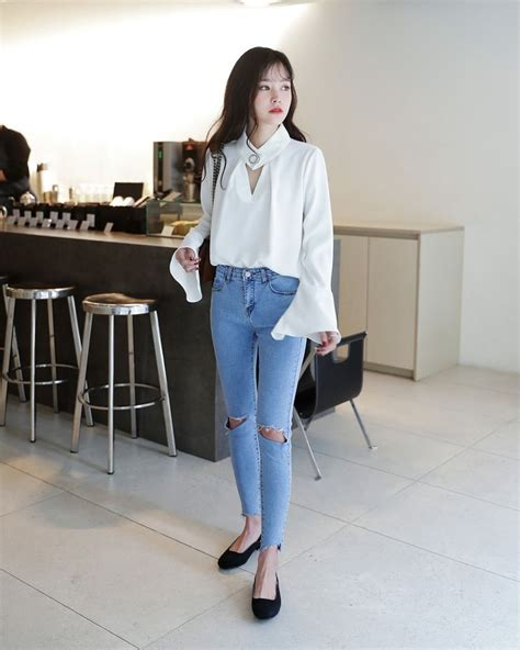 Korean fashion casual street white shirt long blouse skinny ripped jeans blue navy denim flats ...