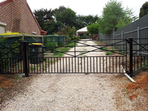 driveway gates country style driveway farm gate farmweld