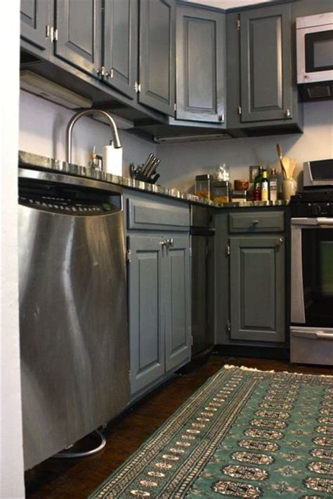 painted gray kitchen cabinets 1000 images about painted silver cabinets on pinterest