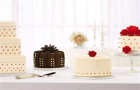 The Publix Cake Is The Ultimate Southern Wedding Cake