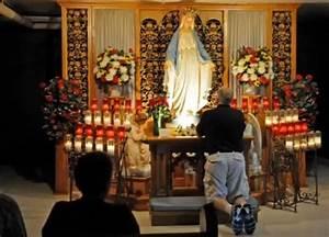 Prayer To Mary Catholics Pray to Mary | Prayer For Mary