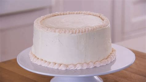decorate  cake  frosting