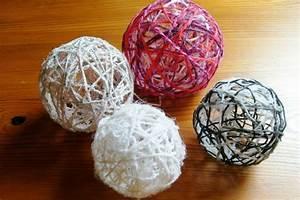 Boule De Noel A Fabriquer : tuto boule de laine mamzelle p ~ Nature-et-papiers.com Idées de Décoration