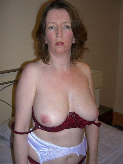 Saggy tits hanging out of bras 1 - PornHugo.Com