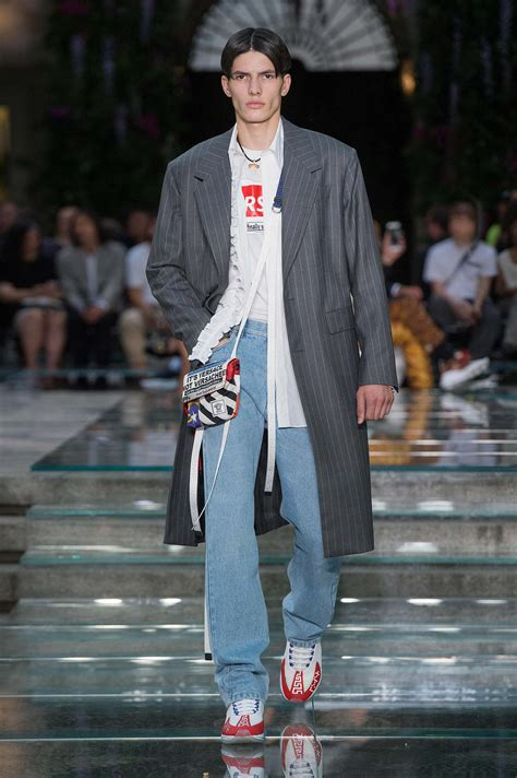 Versace Spring Summer 2019 Men's Collection  The Skinny Beep