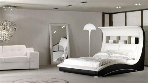 chambre noir et blanc design lits en cuir design mobilier cuir