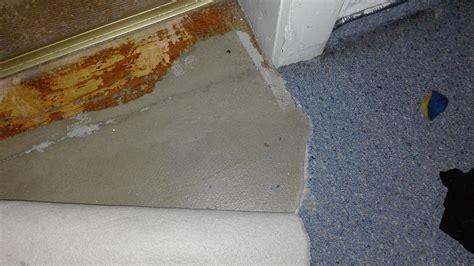 grauen kleber vom holzboden entfernen holz heimwerken