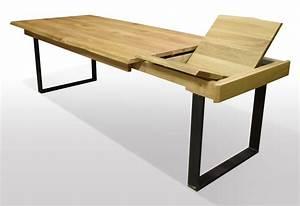 Esstisch Baumkante Ausziehbar : esstisch mit naturkante aus wildeiche auf schwarzstahl u ~ Watch28wear.com Haus und Dekorationen