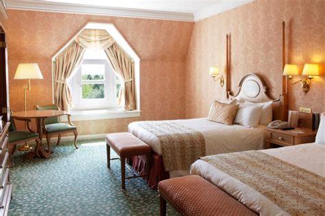 chambre d hotel disneyland disney hotels disneyland hotel castle room